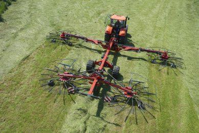 Video: Grass rake control with Kverneland GeoSwath