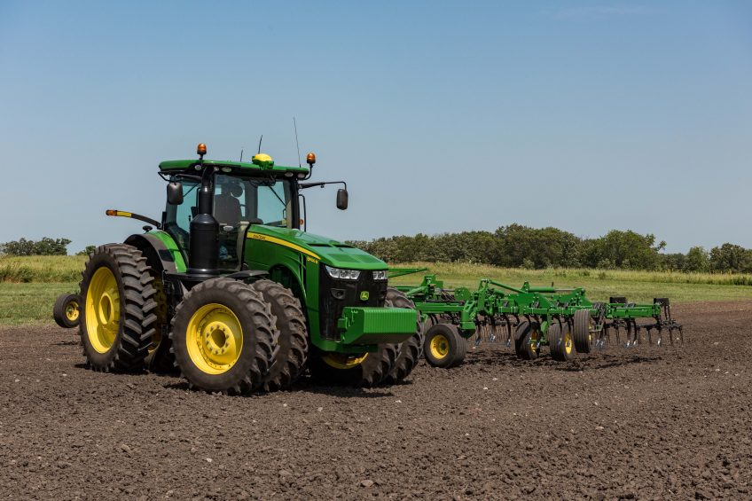 Data and guidance options for John Deere displays
