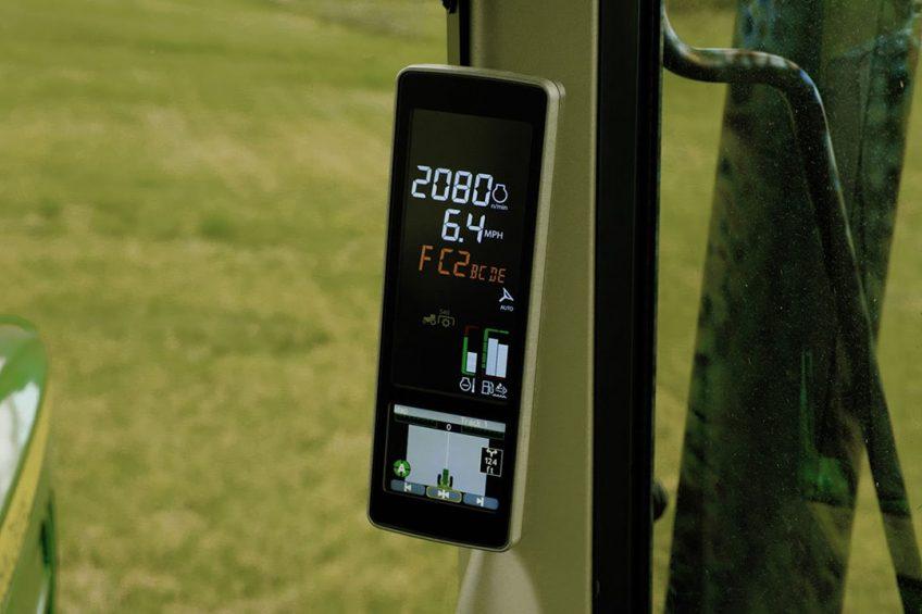 John Deere enhances Autotrac guidance for 5R, 6M tractors
