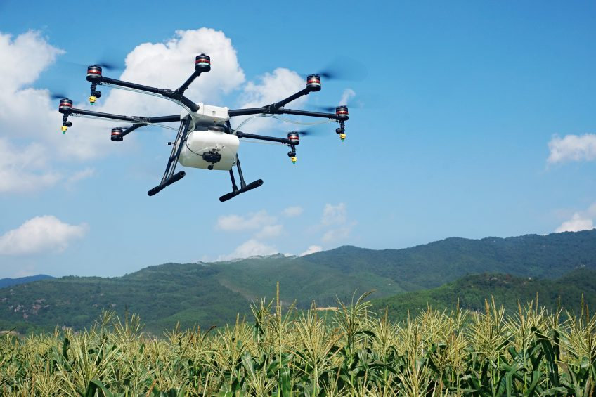 The company Noordzee drones bought a DJI Agras MG1 to try it under Belgium and European circumstances. ILVO drone pilots and researchers participate in multiple international research projects concerning precision farming and Inagro adds spraying expertise to the team.