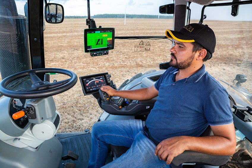 InCeres and AgroCAD for Valtra and Massey Ferguson
