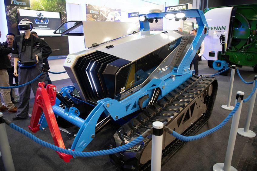 iTarra introduces multifunctional robot tractor