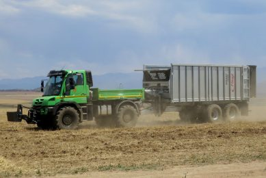 Mercedes-Benz presents Unimog for agriculture
