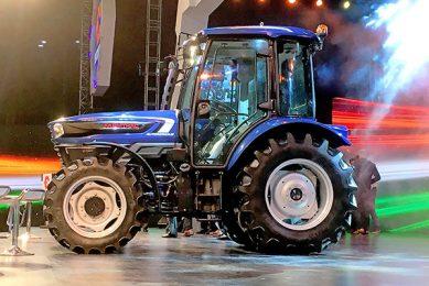 Farmtrac presents robot tractor
