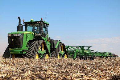 John Deere:  Future tractor drivelines are hybrid