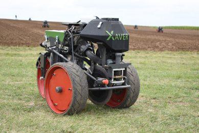 Fendt demonstrates new generation Xaver field robots