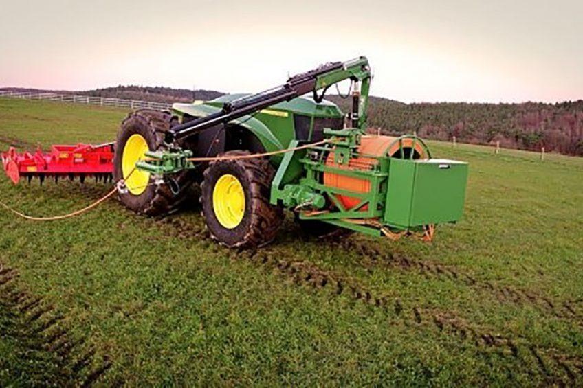 John Deere releases video of GridCON electric tractor