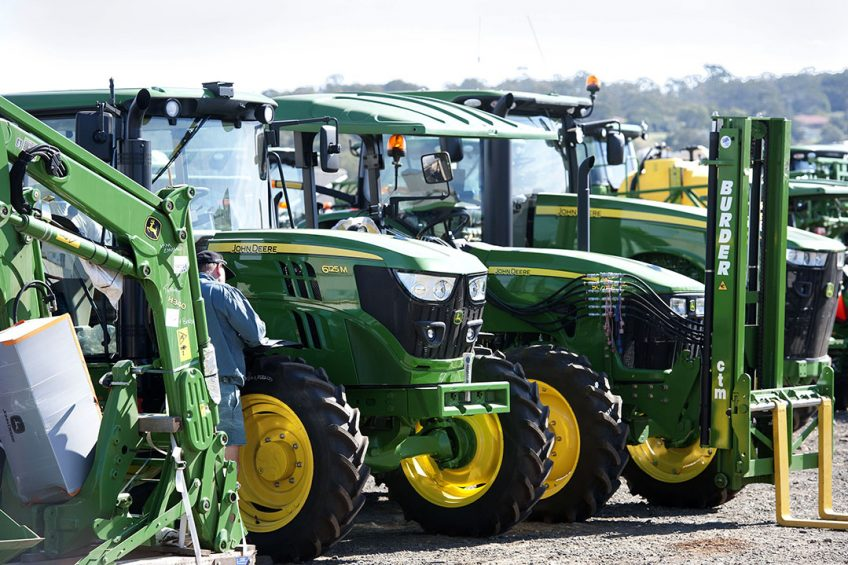 Farmers turn to leasing to keep up with tech