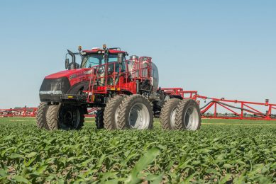 Case launches dual-purpose self-propelled applicator