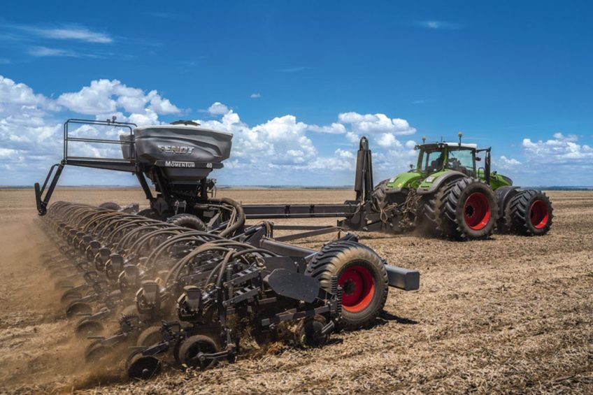 Fendt Momentum improves planting with smart technology