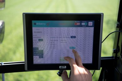 Farmers must think before investing in digitisation