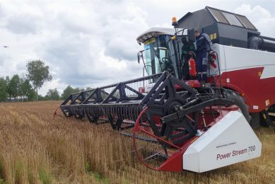 Autonomy project to make 10,000 combines self-driving