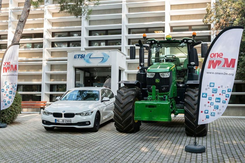 Tractor warns approaching traffic using IoT and 5G