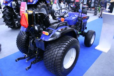 Tractor maker launches Indias first electric-power tractor