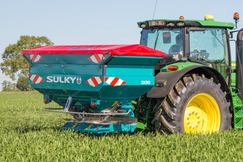 Sulky-Burel extends Isobus to DX spreaders
