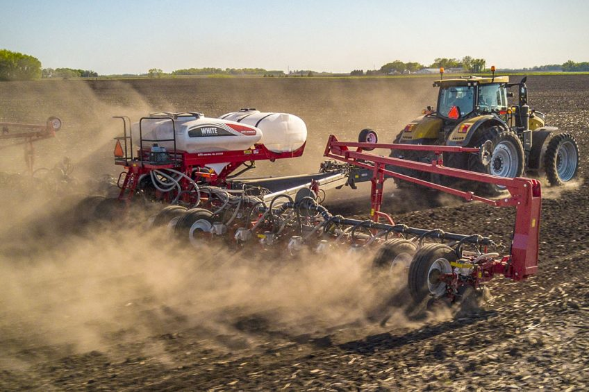 AGCO introduces Precision Planting-ready toolbars