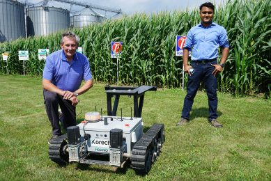 RoamIO autonomous robot improves employee efficiency
