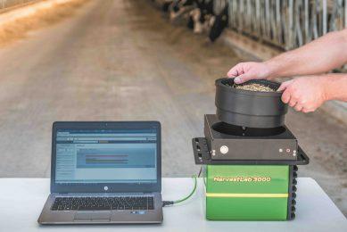 This is the John Deere HarvestLab 3000 nutrient analyser