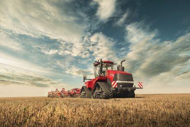 Case IH Quadtrac and Steiger tractors ease data transfer