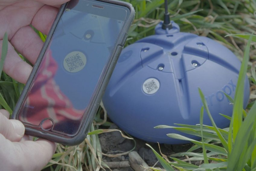 CropX s self-installed sensors transmit soil data directly to the cloud, to be analysed by CropX's platform. - Photo: CropX