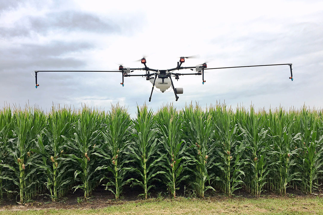 With the implementation of rules and regulations governing the use of spray drones, particularly in the USA and China, use of the technology is expanding across the world. - Photo: Rantizo