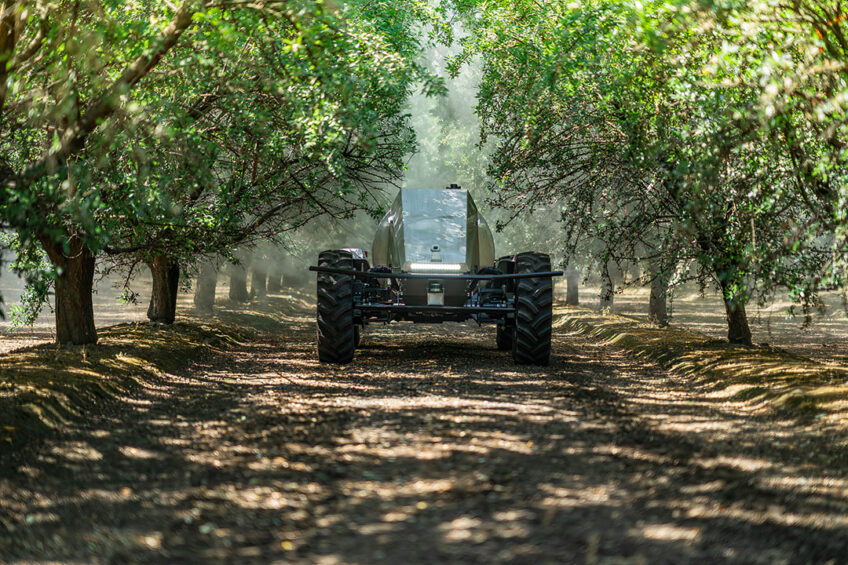 So far, the experience with the GUSS sprayers is positive, says Damien Houlahan, Global Head Almonds Business of OFI. - Photo: GUSS Automation