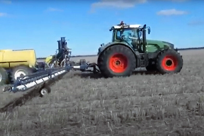 Gerrit Kurstjens used to work with an autonomous Fendt 936. The tech supplier however was bought by John Deere, which took the autonomous systems off the market.